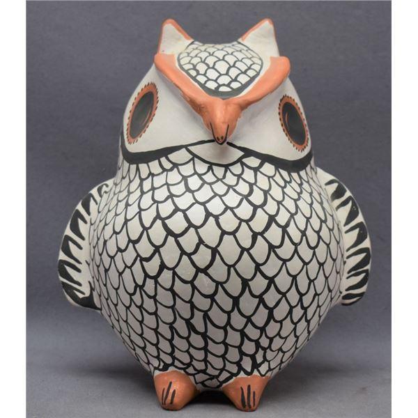 ACOMA INDIAN POTTERY OWL (EVA HISTIA)