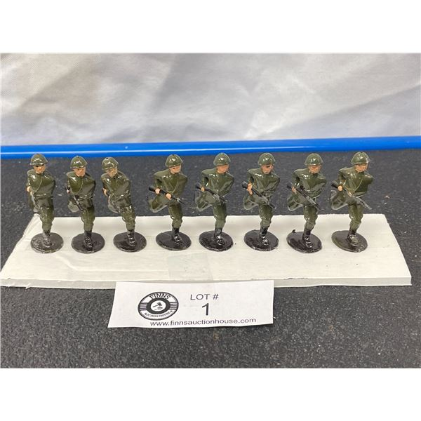 Nice Lot of Britian's Lead Soldiers