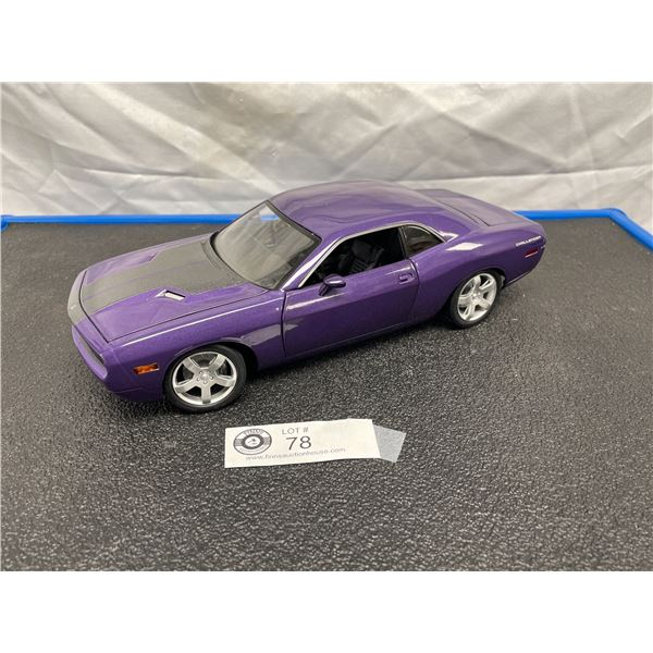 1/18th Scale Diecast Dodge Challenger Car