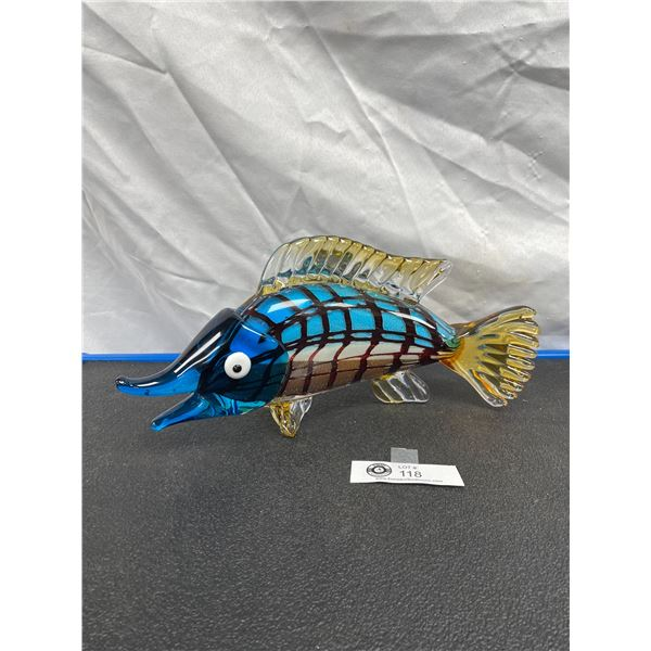 Beautiful Glass Fish Tabletop Decoration No Chips or Flaws Great Colors