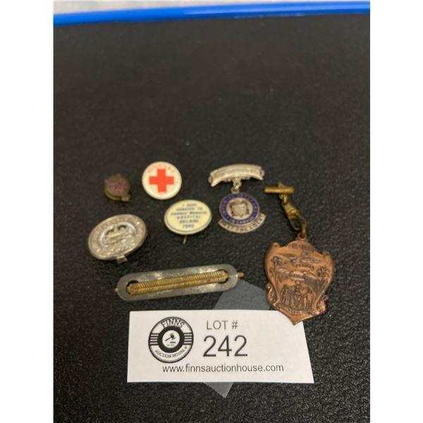 7 x WW1 Canadian Badges, Medals