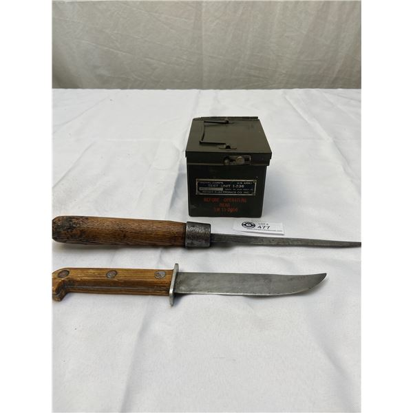Vintage US Army Signal Corps Test Unit + 2 Knives