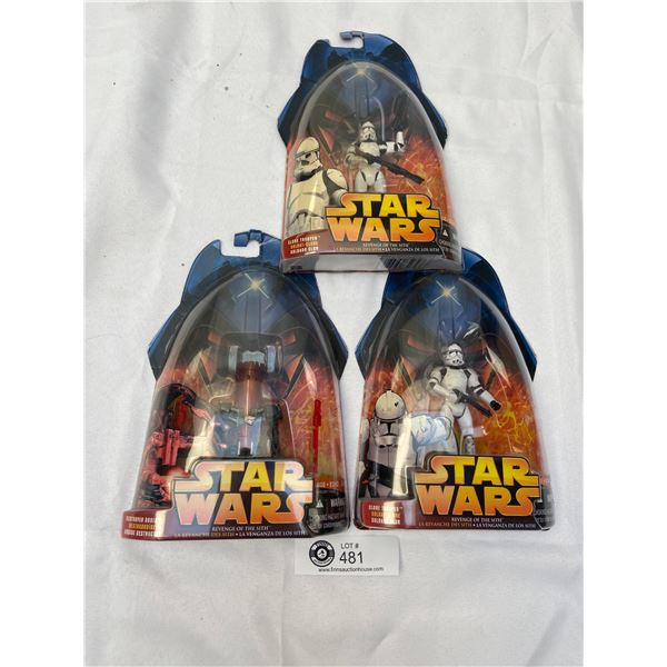 Lot of Star Wars Figures Still Sealed in Package