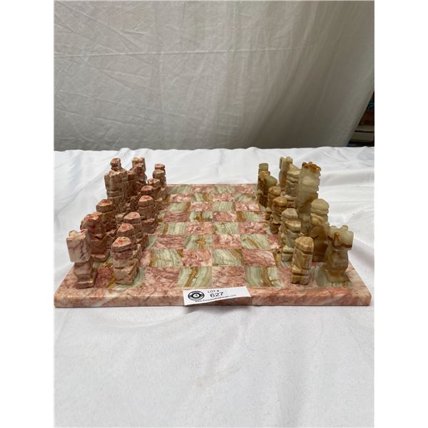 Beautiful Vintage Hand Carved Onyx / Marble Chess Set and Board. Complete