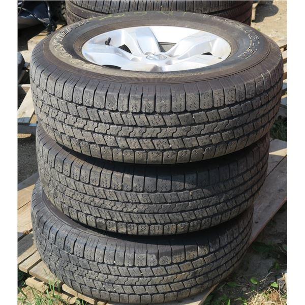 265/70/17 Tires/Rims ×3