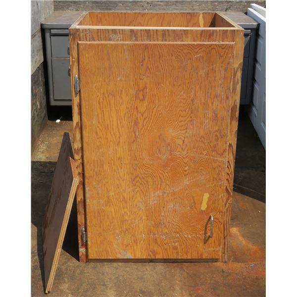 "Wooden Shop Cabinet 38""×25""×24"""
