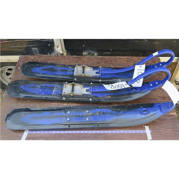 3 Snowmobile Skis
