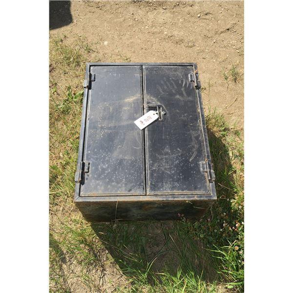 Belly Box 36 X 28 X 18 Inch