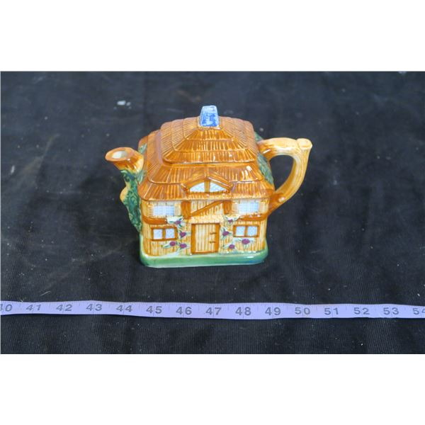 Cottageware Teapot