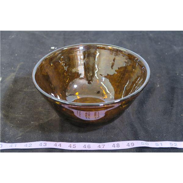 "Round Glass Brown Swirl Pattern Bowl, 8"" Diameter"