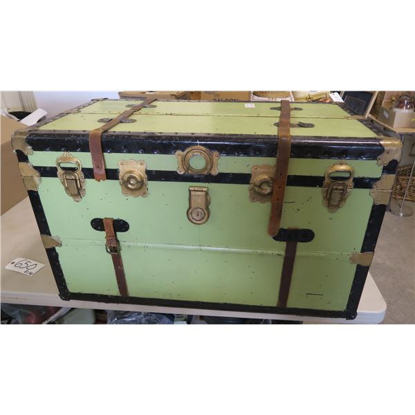 "Antique Trunk w/ Tray Insert 36""×20""×21"""