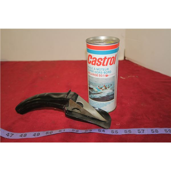 Castrol Outboard Motor Oil + Can Spout