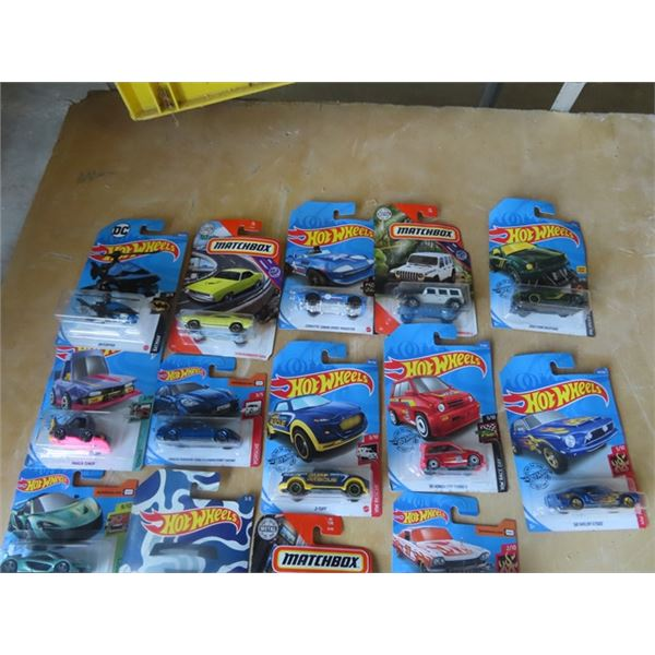 Approx 22 Hot Wheels In Packages