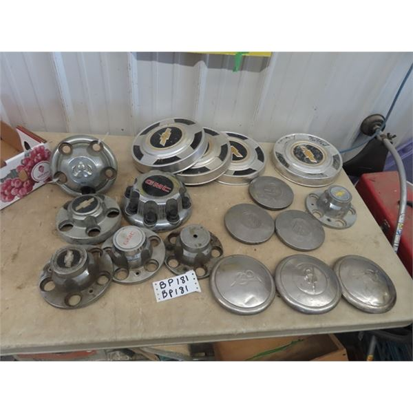 Approx 19 Hubcaps, Ford V* , VW, Chev, Dodge Plus