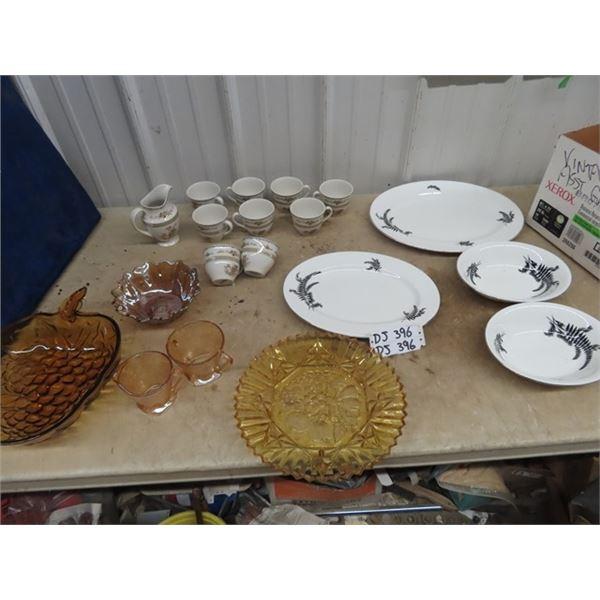 Royal Doulton/ Royal Alder Cups/Trays Carnival Glass