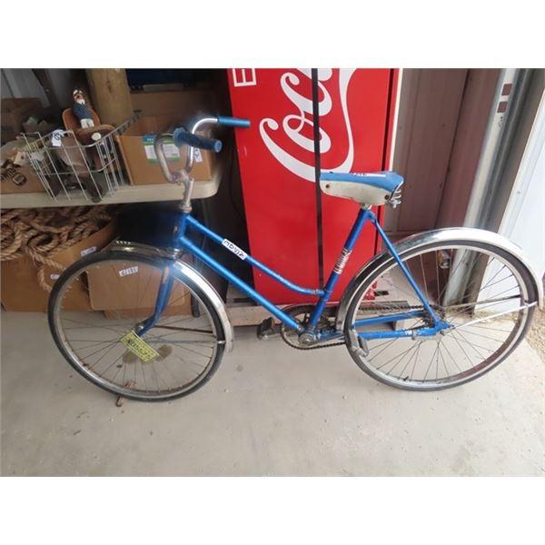 (MB) CCM Vintage Pedal Bike