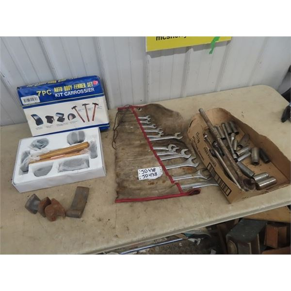 """Set Wrenches Up to 1 1/4"""", Various Sockets 1/2"""", 3/4"""" Ratchet, New Auto Body 7 Pc Tool Set"""