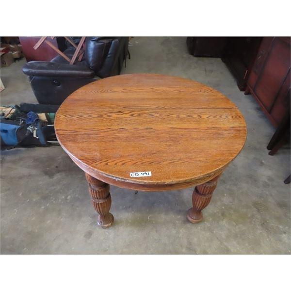 "(CD) Oak Quarter Cut Table 30""H 46"" RD"