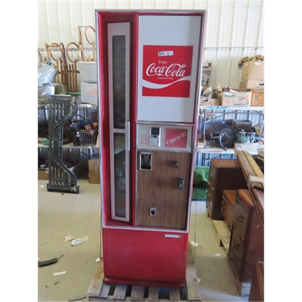 Coin Operated Coca Cola Upright Machine Made By Cavalier