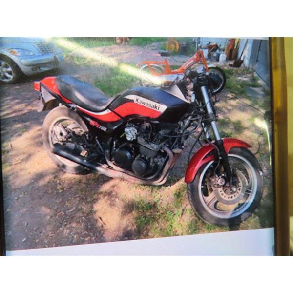 1982 Kawasaki Street Bike GPZ 750 Needs Fuel System Serviced, No Battery, Has TOD, Will Run if Fuel