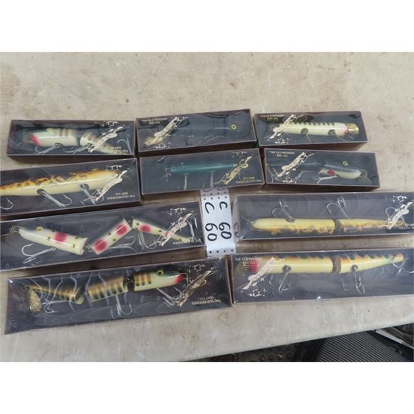 """10 Muskee Lures 4) 12"""" & 6) 8"""""""