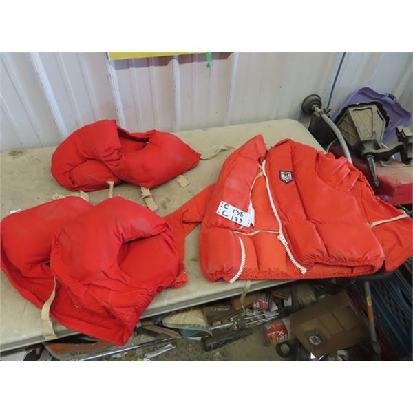 Child's Floating Jacket, Life Jacket, Hunting Jackets & Vests