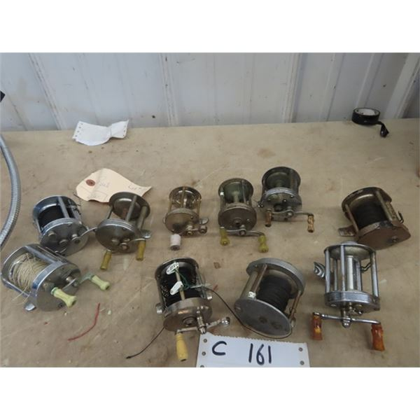 10 Fishing Reels- 2 Southbend Mdl D #300, Shakespeare Universal Precision, Shakespeare True Blue 195