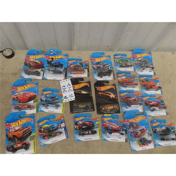 Approx 20 Hotwheel Cars in Packages