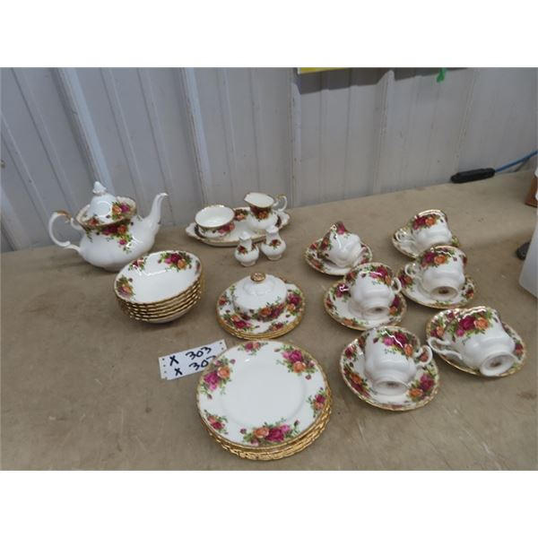 Approx 32  Pc - Royal Albert Old Country Roses- Teapot , Covered Butter , C & S , Plus