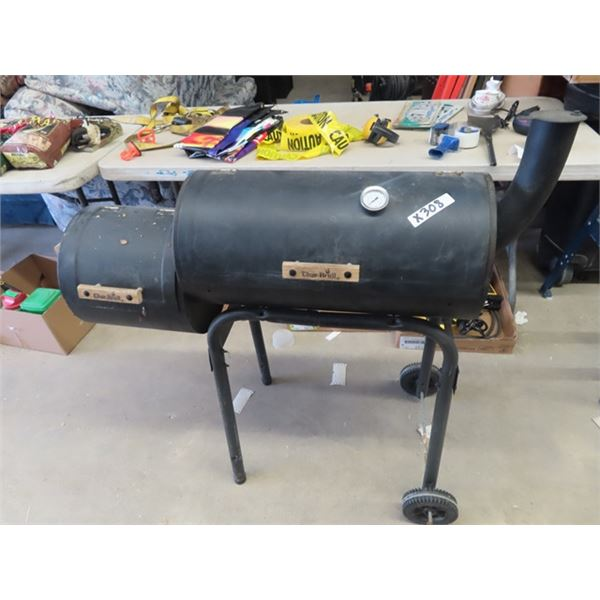 Char Broil Briquette Smoker w Chips