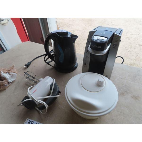 Keurig Coffee Maker, Sunbeam Mixer & Elec Kettle