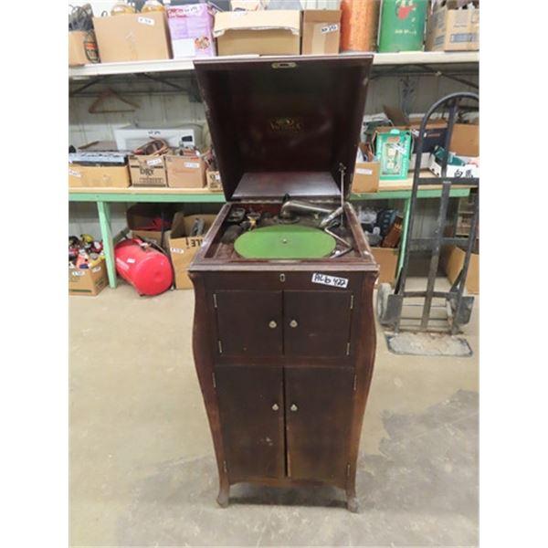 Victrolia Cabinet Gramophone