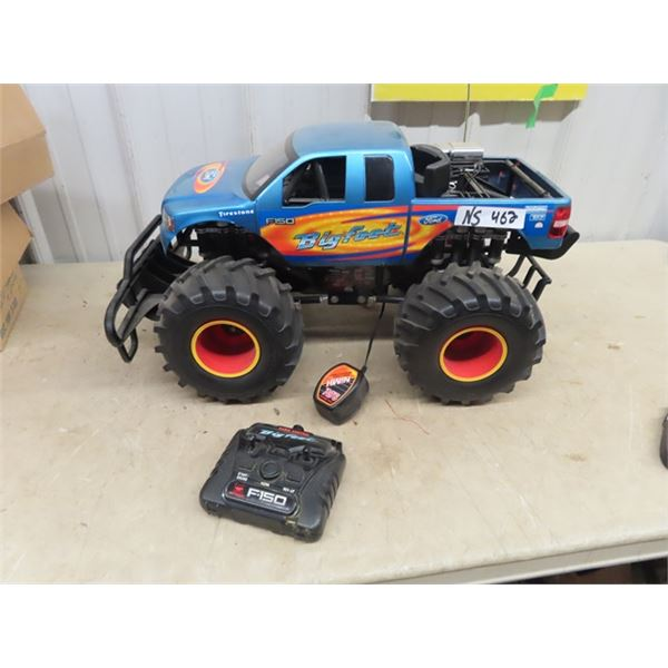 RC Toy Bigfoot Truck w Charger & Remote