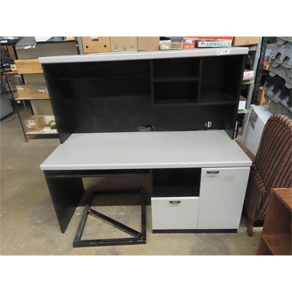 """(WE) Desk w Hutch 56""""H 60""""W 24""""D"""