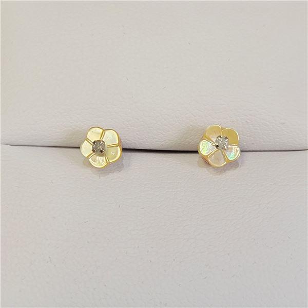 DIAMOND FLOWER SHAPE EARRINGS