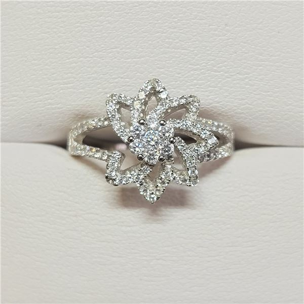 SILVER CZ RING SIZE 8