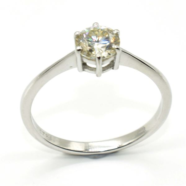 SILVER MOISSANITE (ROUND 6.5 MM)(1.25CT) RING SIZE 10