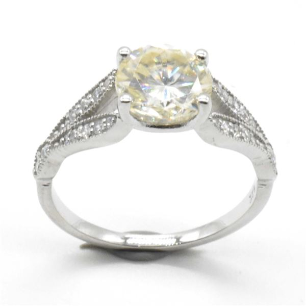 SILVER MOISSANITE(1.75CT) RING SIZE 6.5