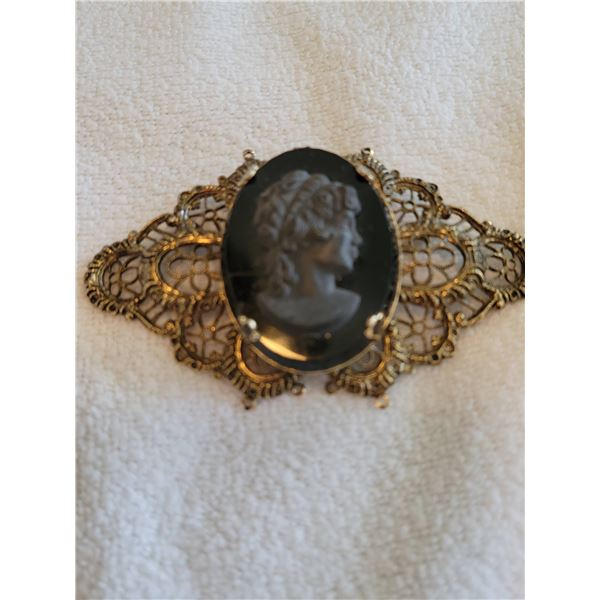 vintage cameo brooch filigree