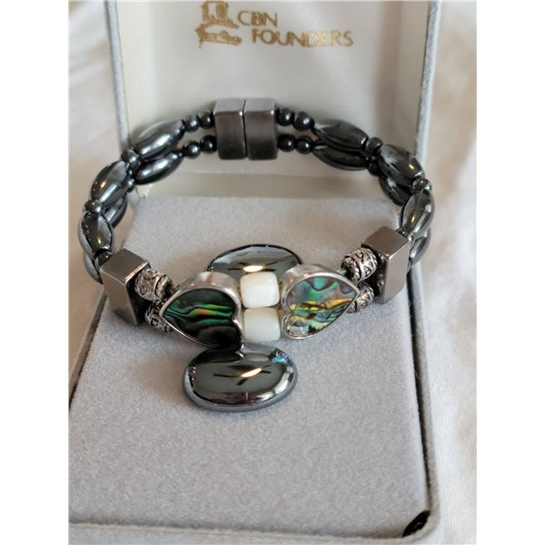 hematite bracelet abalone hearts