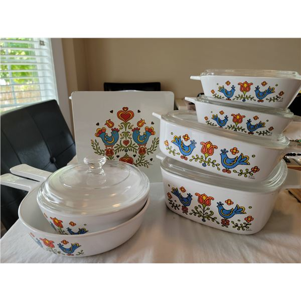 vintage corning ware set  roosters