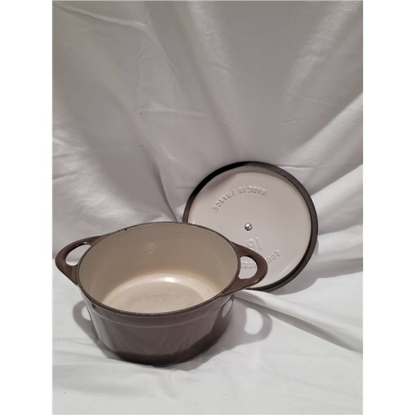 brown cast iron pot