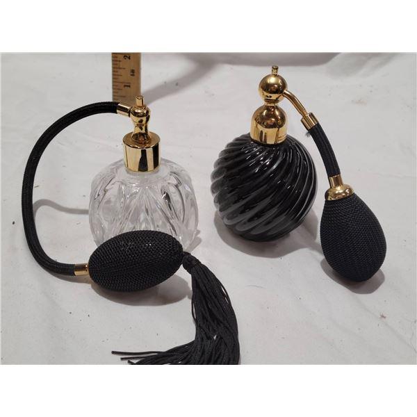 2 perfume bottles atomizer