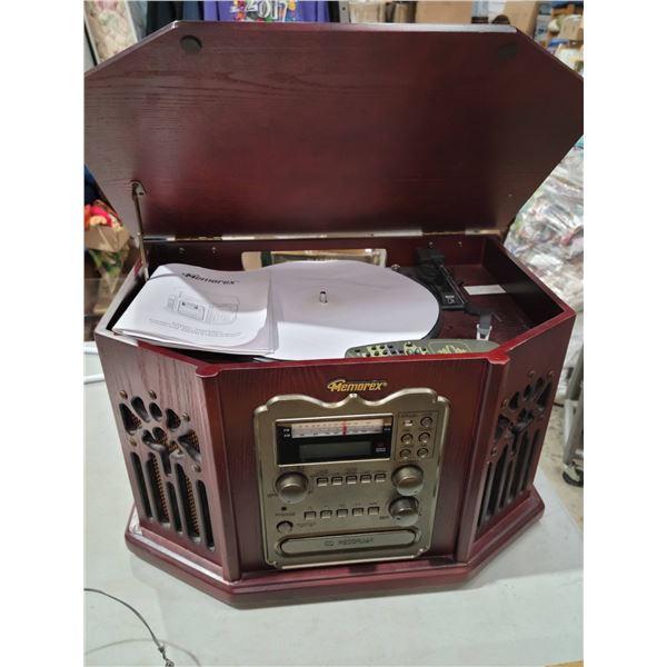 Radio turntable cassette
