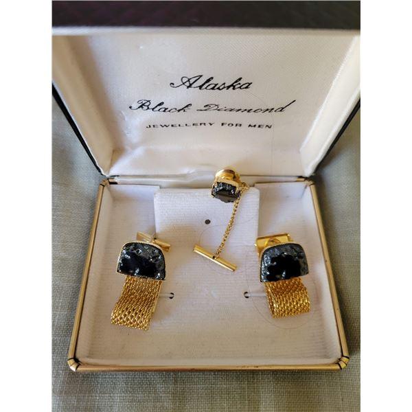 black Alaskan diamond cufflinks tie tack
