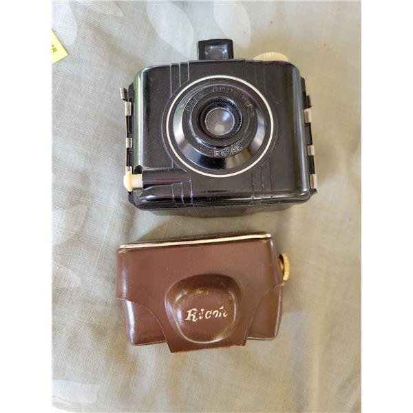 brownie camera Rioche flash