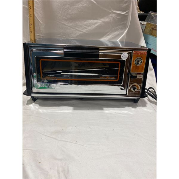 1970's GE toaster oven as new works