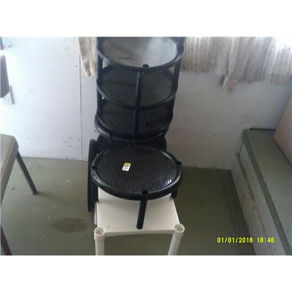 SIX Plant Stands/Small Stools/stands