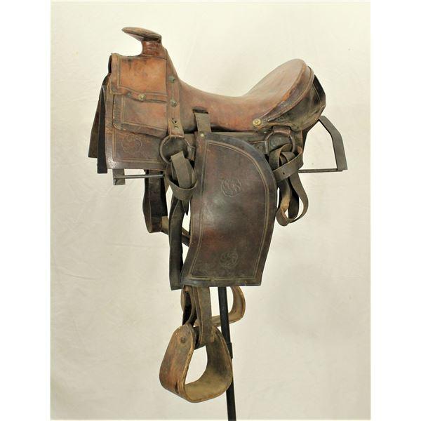 Early Slickfork Saddle