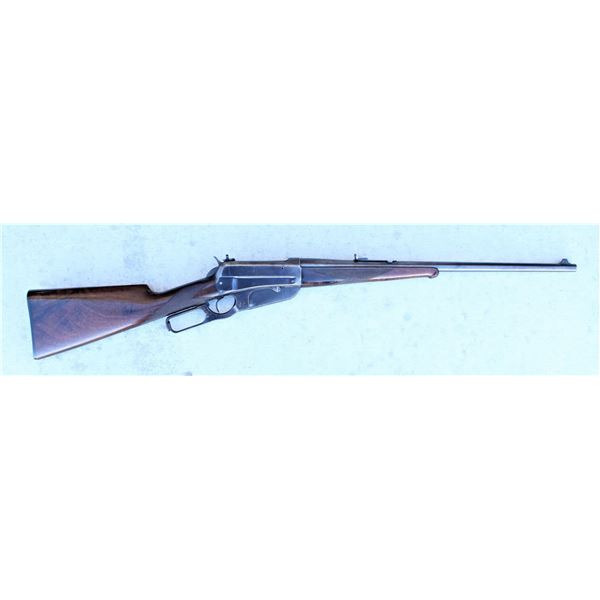 Deluxe Winchester 1895 Rifle